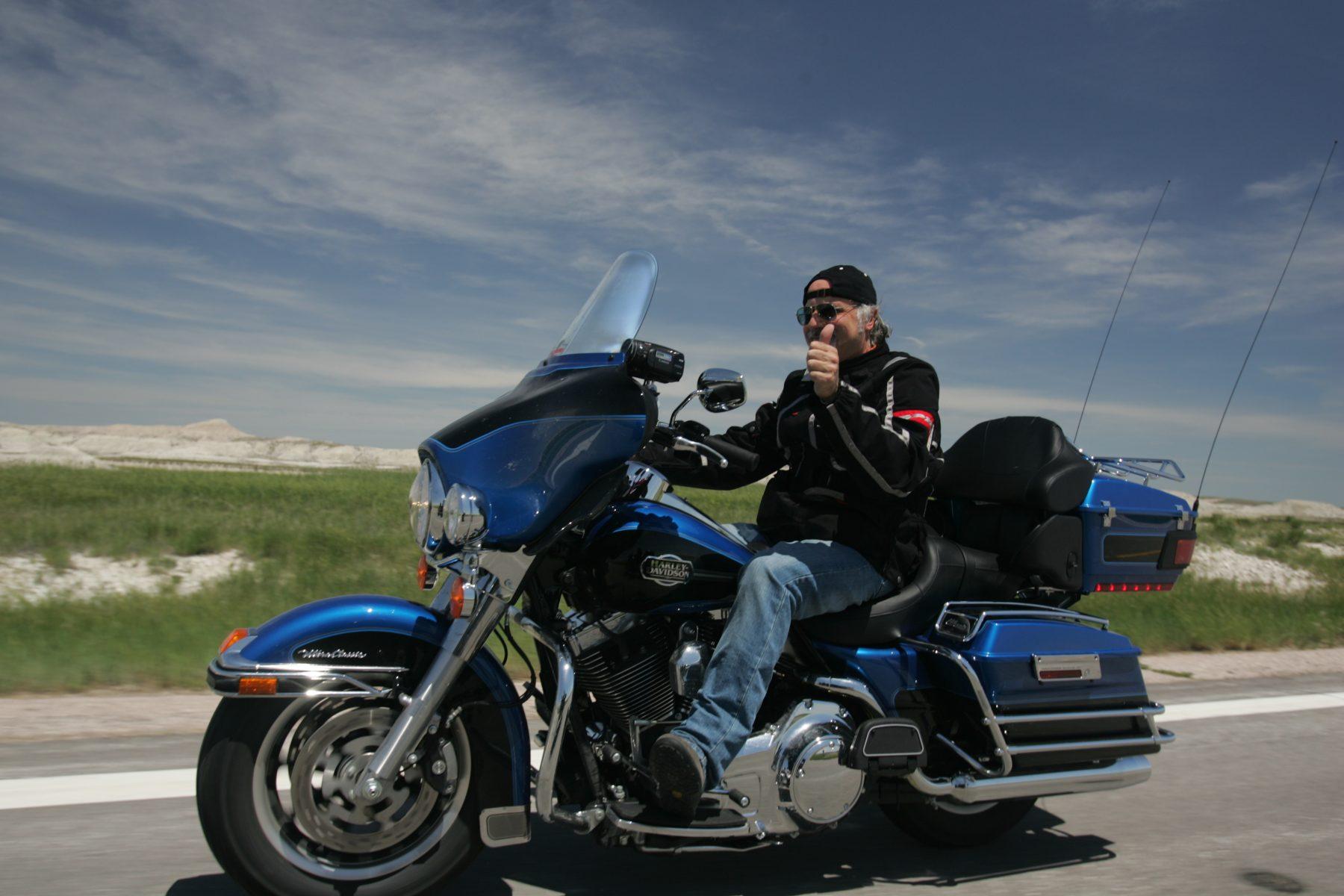 Tiziano Cantatore in sella ad una Harley Davidson