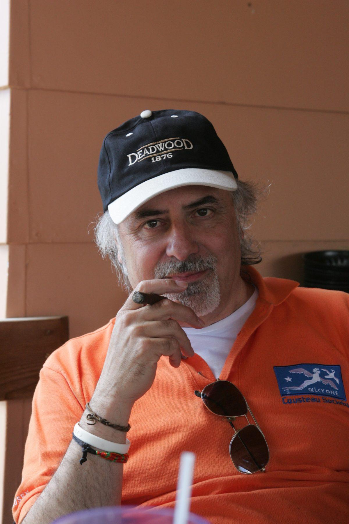Tiziano Cantatore è il Direttore della rivista Mototurismo, rivista specializzata fondata nel 1987