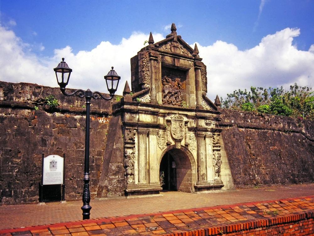 L'entrata del Forte Santiago di Manila, Filippine