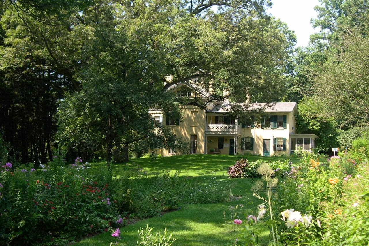 New England Literary Tour Dickinson Amherst