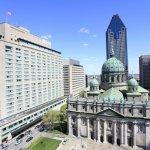 Case da star negli USA e in Canada: Il Fairmont The Queen Elizabeth, sulla sinistra, a fianco della cattedrale di Montreal, da cui prende il nome