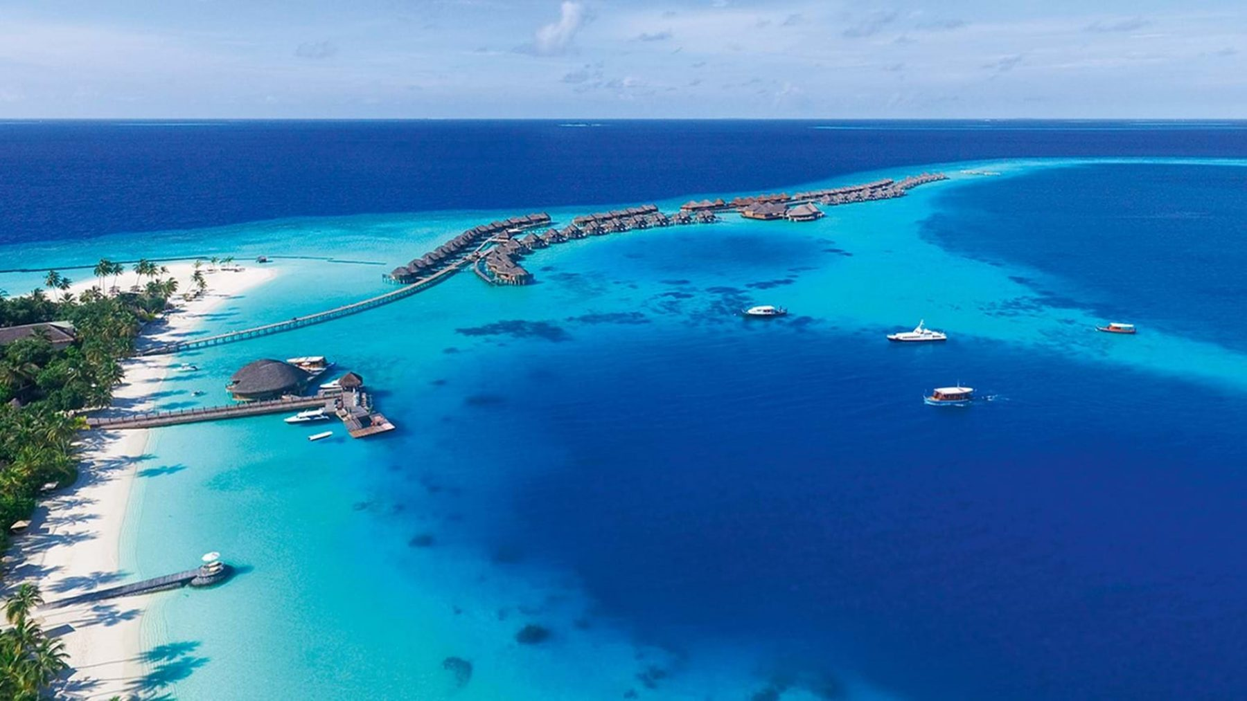 constance-halaveli-maldives-overview-1