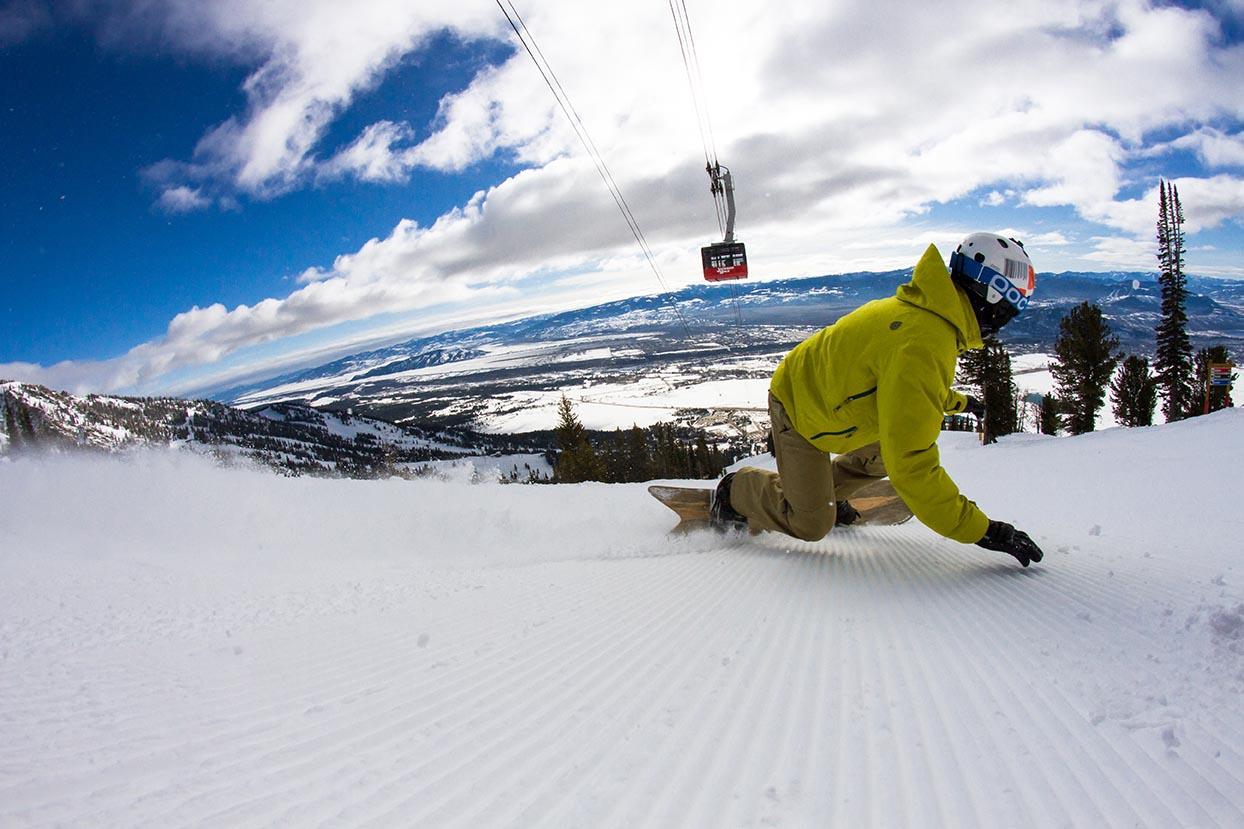 Viaggio nelle Rocky Mountains invernali snowboard