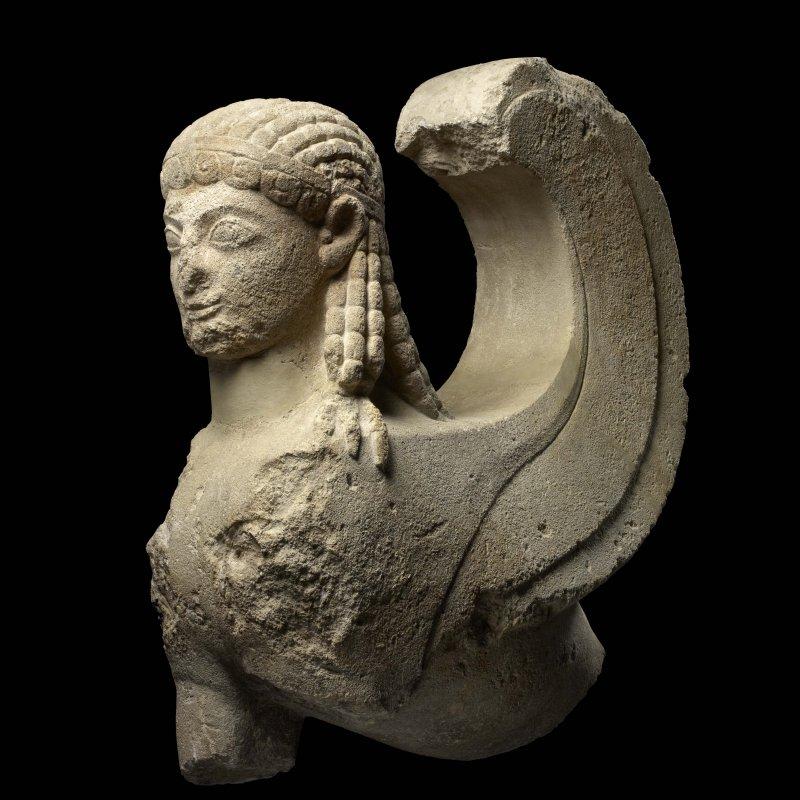 Louvre di Abu Dhabi, Sfinge greca arcaica, VI° sec. a.C.