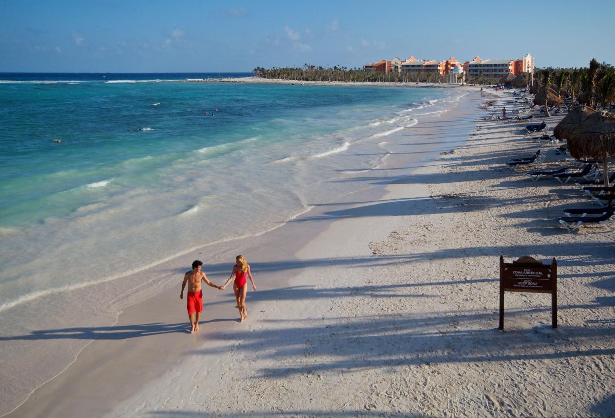 Playa-privada-frente-al-Complejo-Riviera-Maya4